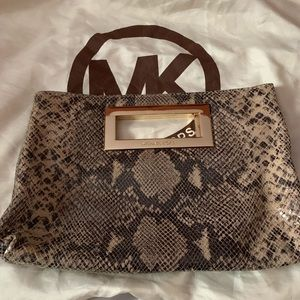 100% Auth Michael Kors Handbag